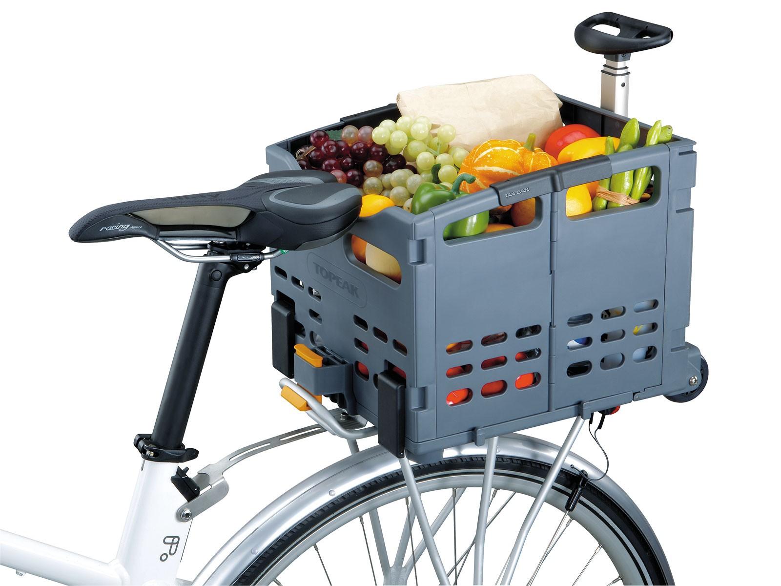 Potřeba odvést čerstvou zeleninu od babičky a dědy?