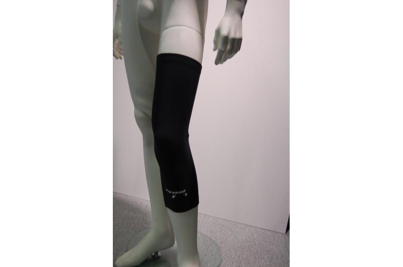 "STEVENS návleky na kolena ""S"" černá"