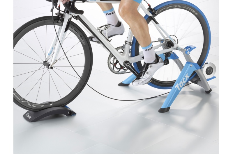 TACX Cyklotrenažér T2400 Satori Smart modrá