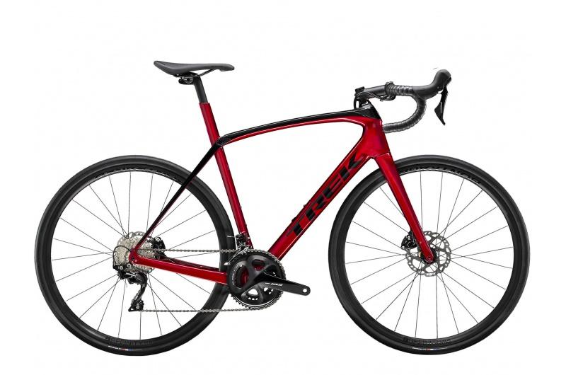 TREK silniční kolo Domane SL 5 2020 Rage Red/Trek Black