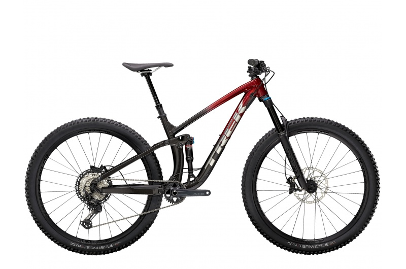 TREK horské kolo Fuel EX 8 XT 2021 Rage Red to Dnister Black Fade