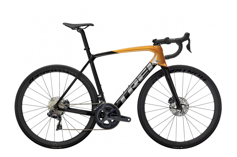 TREK silniční kolo Émonda SL 7 2021 Carbon Smoke/Factory Orange
