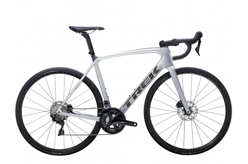 TREK silniční kolo Émonda SL 5 2021 Quicksilver/Brushed Chrome